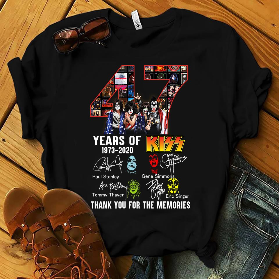 47 Years Of Kiss 1973 - 2020 And Members Signature Thank You For The Memories Long Sleeve T-Shirt