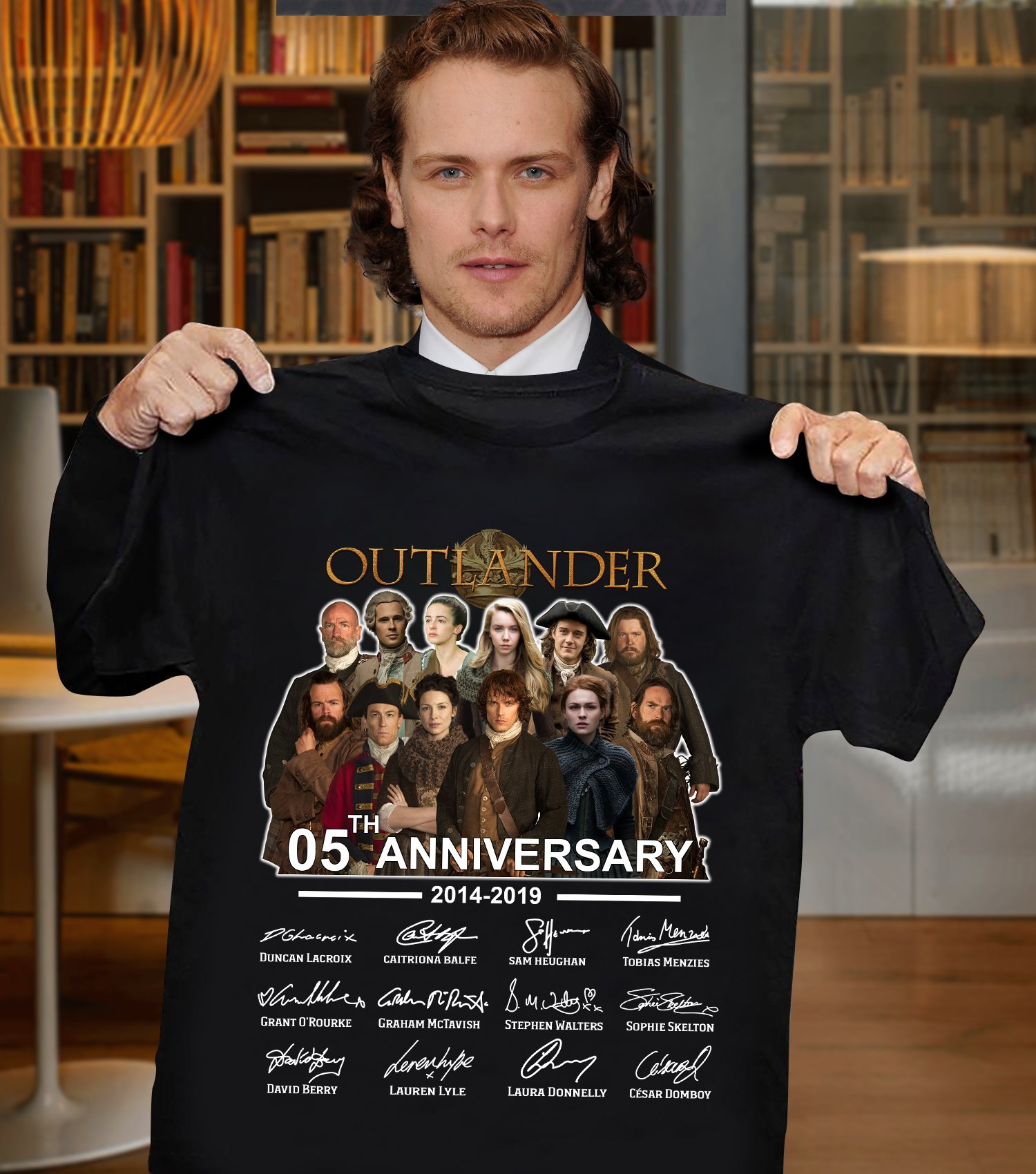Outlander 05th Anniversary 2014 - 2019 And Members Signatures Long Sleeve T-Shirt